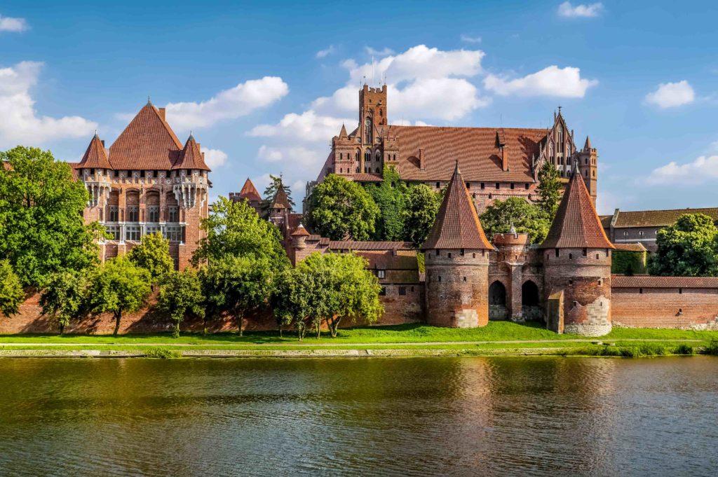 Castillo de Malbork, frente al río Nogat